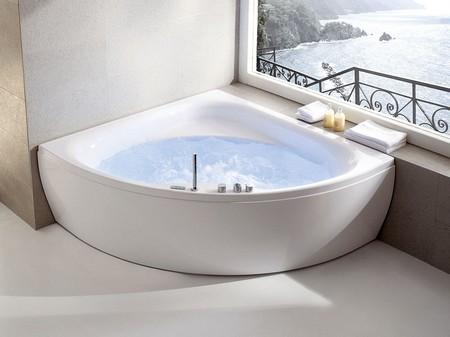 Акриловая ванна 130