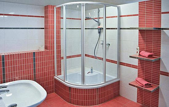 Душевой уголок в ванной комнате своими руками